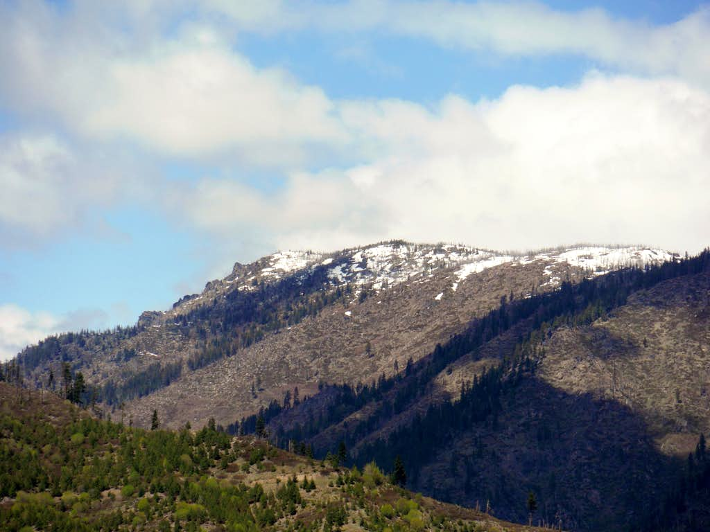 The eastern side of Icicle RIdge