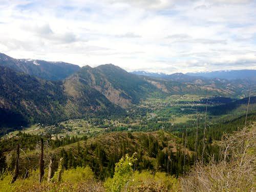 Distant shot of Leavenworth