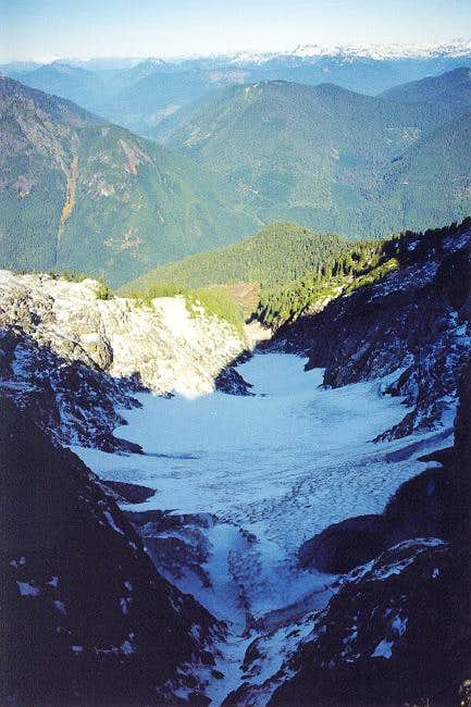 A view of the small glacier...