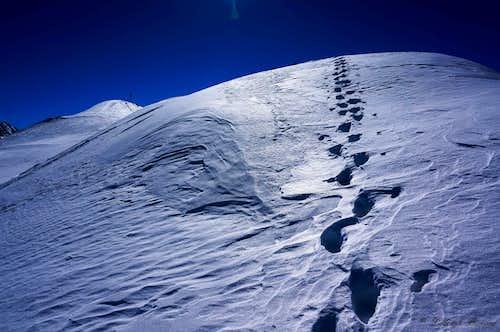 Heading towards the summit