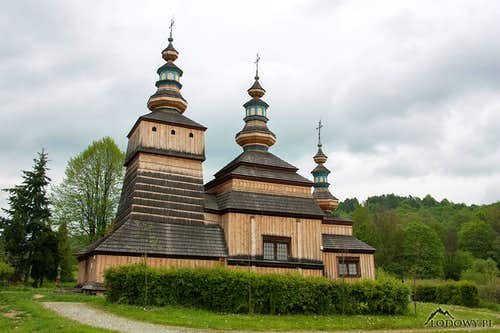 Wooden tserkva in Krempna
