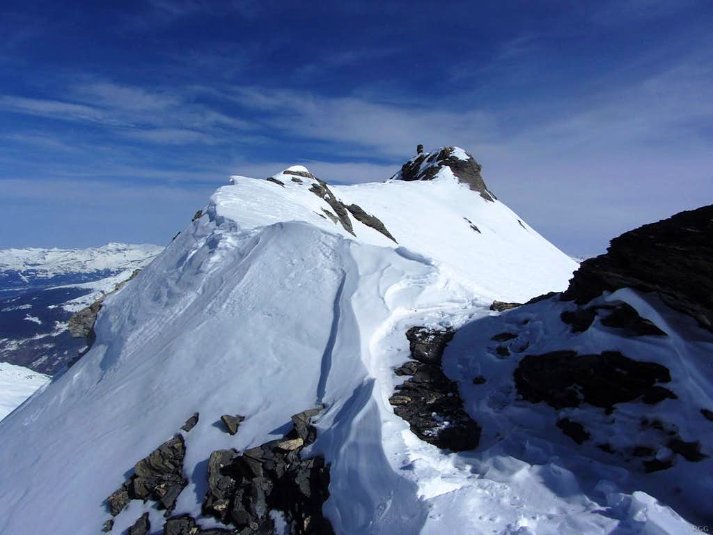 Looking along the summit ridge from the SW to the main, NE summit of Mont de l'Etoile (3370m)