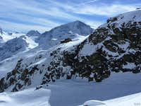 Zooming in on Pigne d\'Arolla (3790m) from across the valley north of Cabane des Aiguilles Rouges