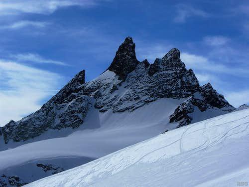 Aiguilles Rouges d'Arolla from the southeastern slopes of Mont de l'Etoile