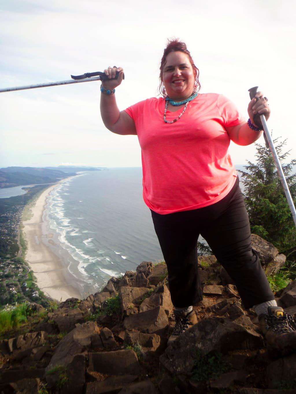 BearQueen on Neahkahnie Mountain (5/16/14)