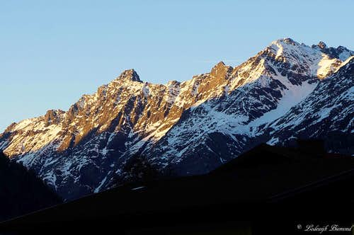 Alpenglow on the Sulztal Ridge