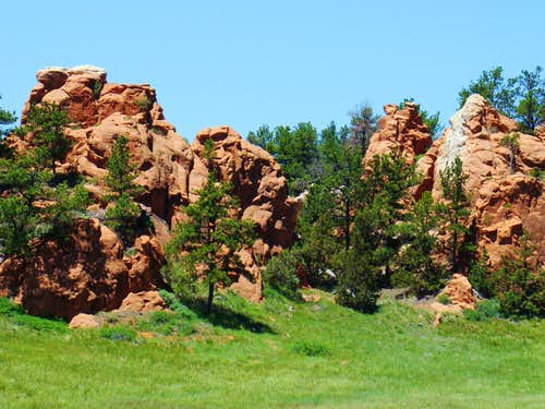 Red Rocks along Pilger Road