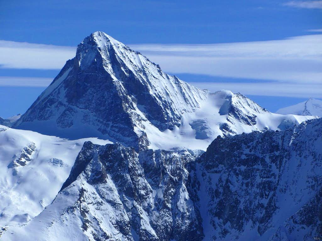 Zooming in on Dent Blanche  from high on Pointe de Vouasson