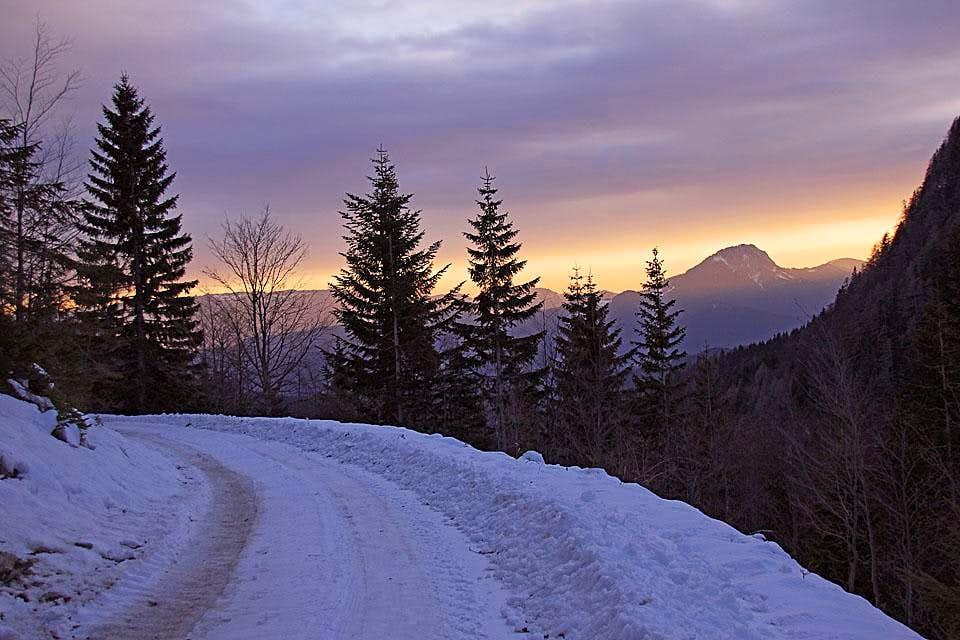 The road from Raduha