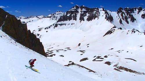 Skiing down Lavender Col