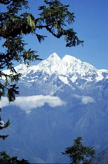 Manaslu from the SE.