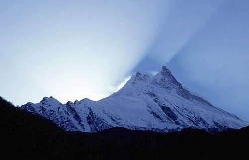 Sunset behind Manaslu