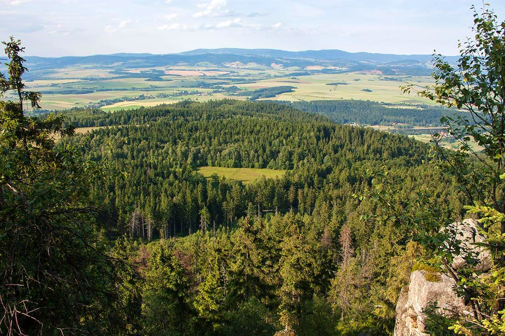 From Szczeliniec to the North