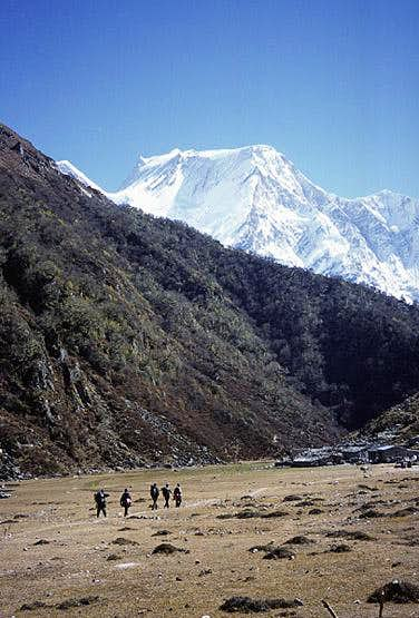 Manaslu from the NW, village of  Bimtang