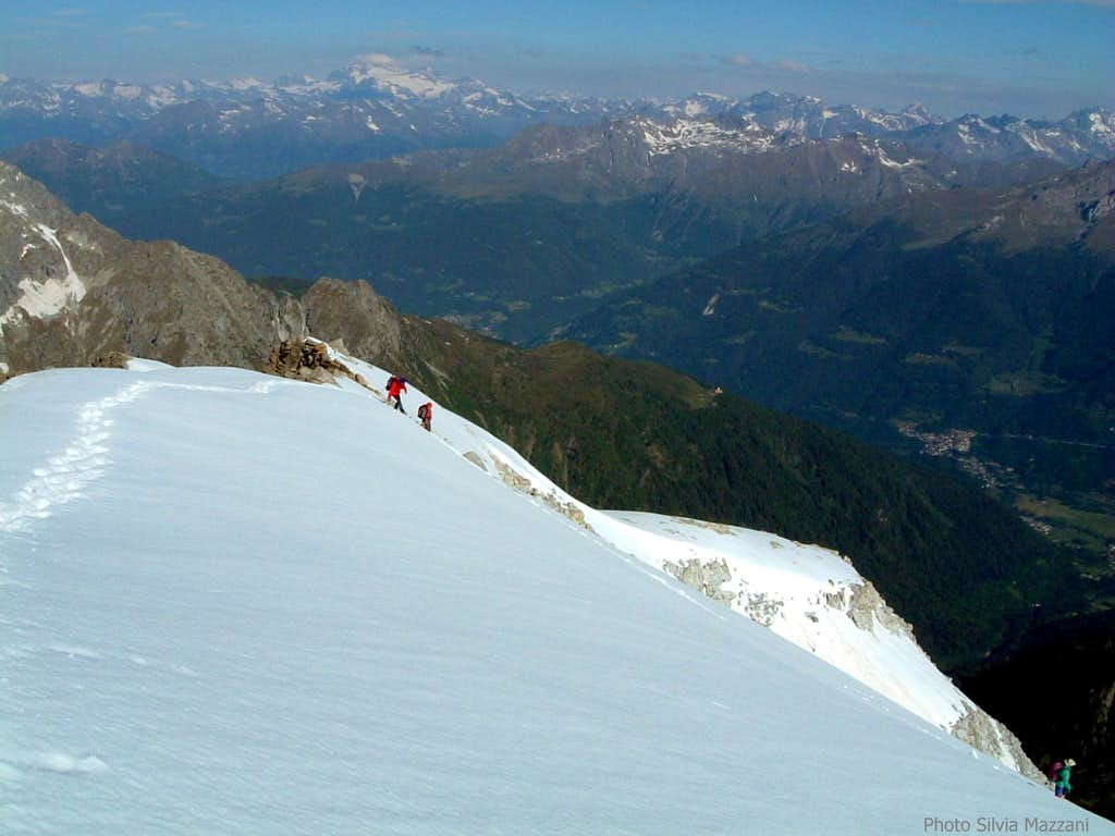 Starting the descent from Cima Calotta
