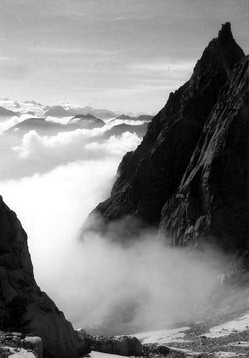 7 ... Mont de la Brenva from Entrèves Glacier 2006