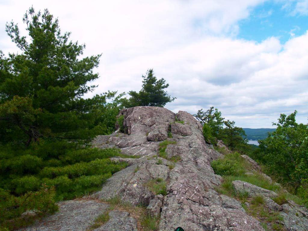 Bearfort Mountain