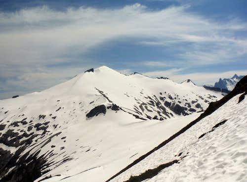 The ridge leading to Ruth Mountain