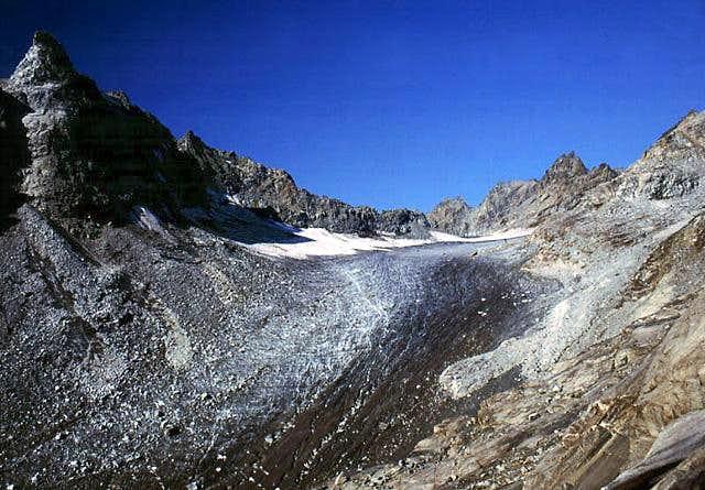 Gran Paradiso GROUP: Ciardoney glacier...