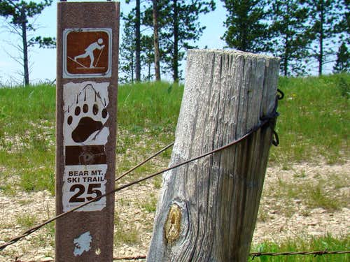 Bear Mountain Ski Trail 25 Sign