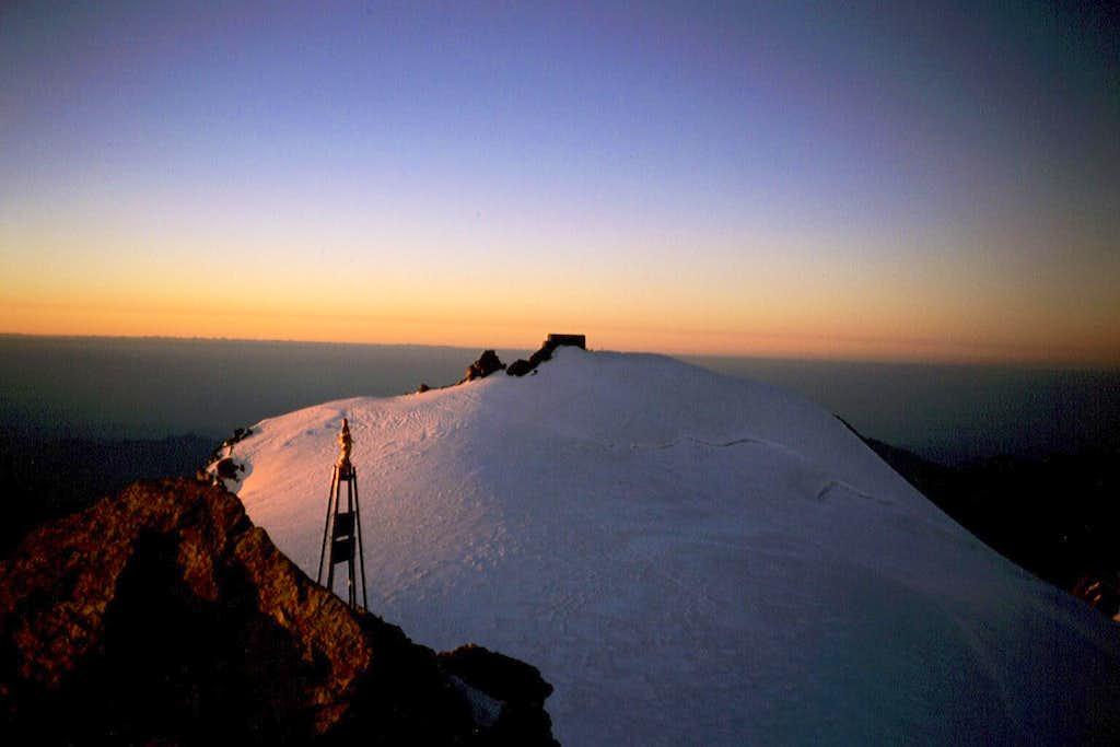Margherita Hut on Punta Gnifetti (Signalkuppe)