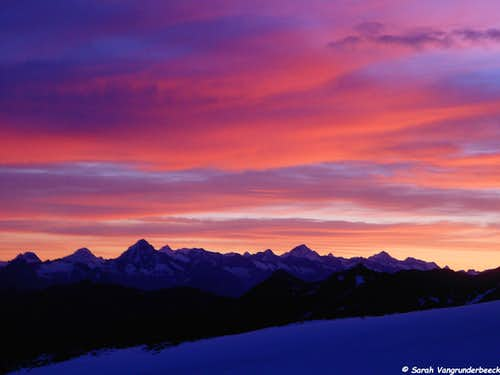 Berner Alpen at sunrise