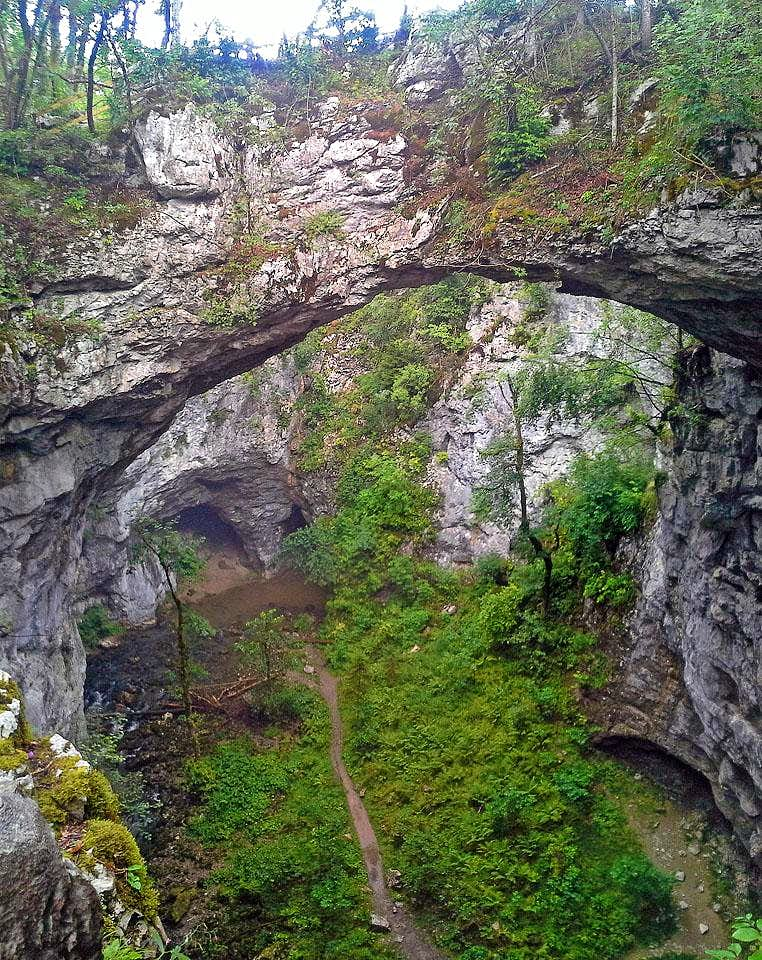 Mali naravni most (Small Natural Bridge)