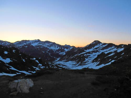 PCT up to Red Pass predawn