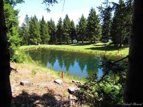 Mornera Lake (1400m)