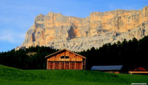 Traditional Tyrolese farm below Sass dla Crusc