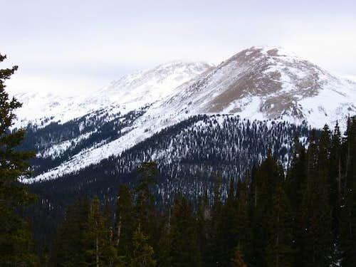 Vasquez Peak behind UN 12,900...