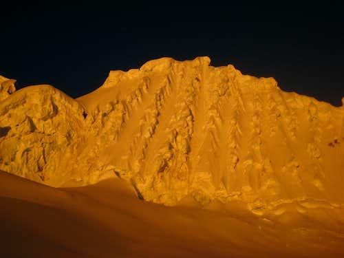 Sunset on the slopes around Alpamayo