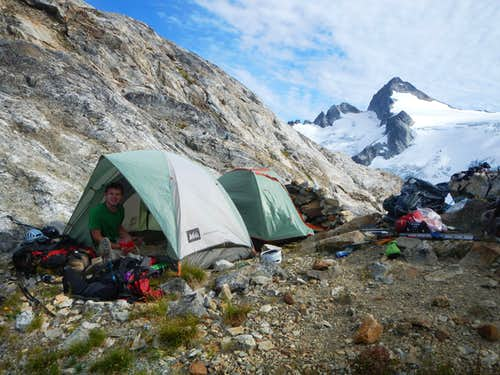 Neve Col Tents