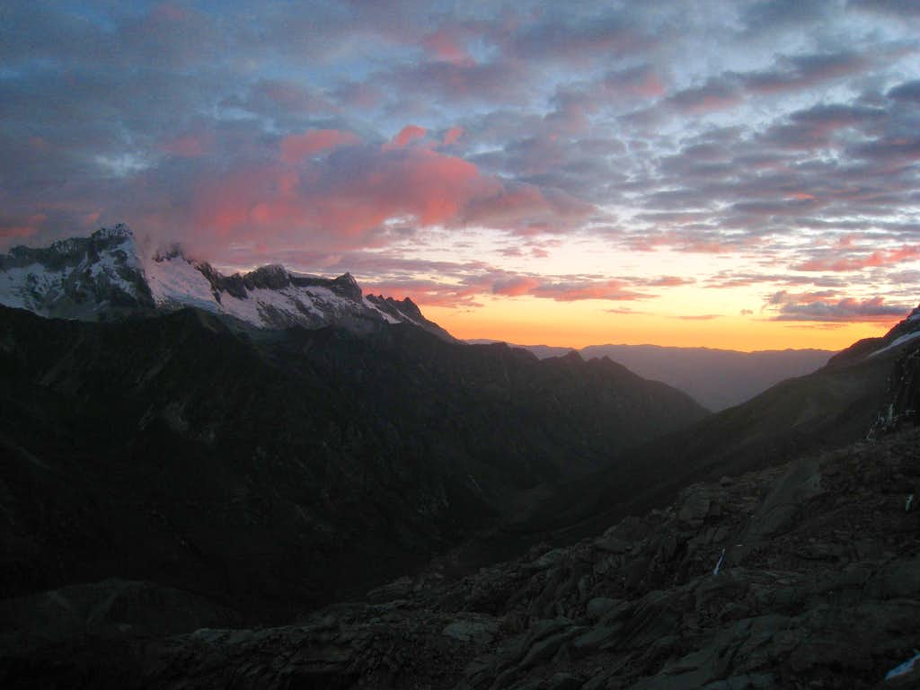 Sunset from Tocllaraju high camp