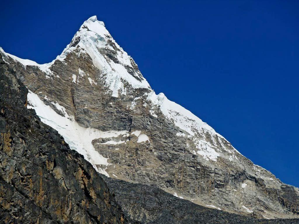 The Edge of Artesonraju