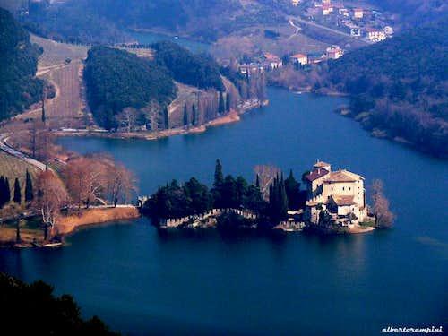 Castel Toblino close-up