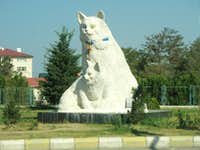 Turkish Van Cat Statue