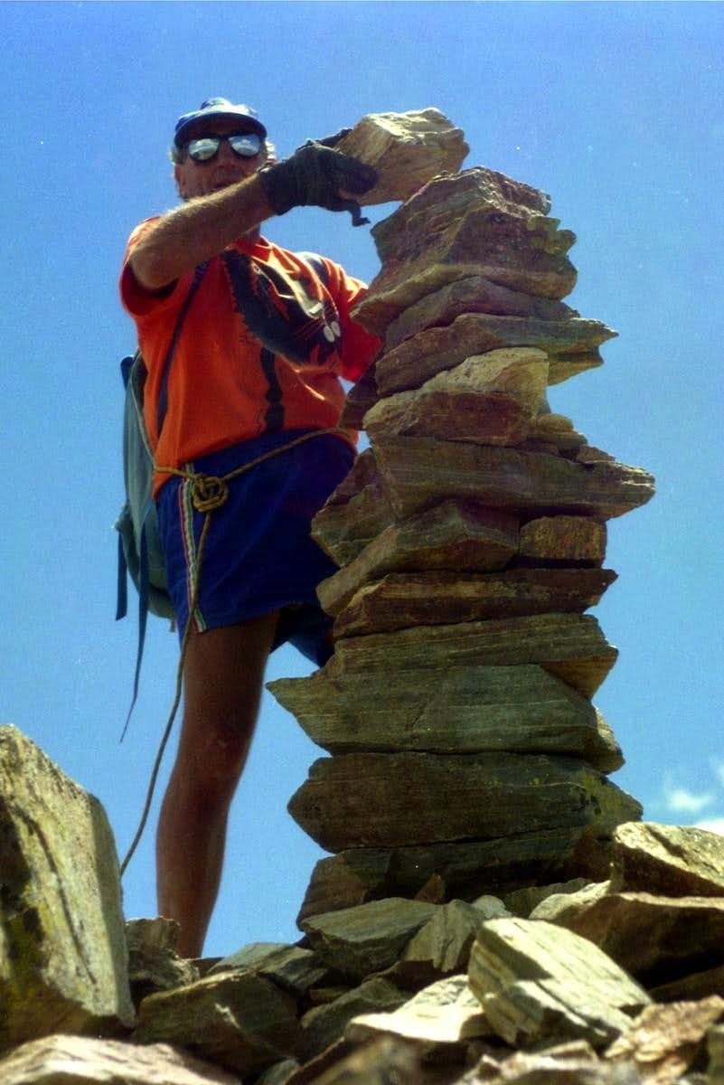 All Routes of PEAK GARIN (3461m) NE Summit 1998