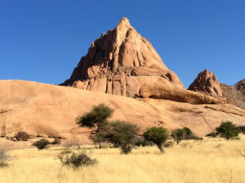Groot Spitzkoppe seen from the North