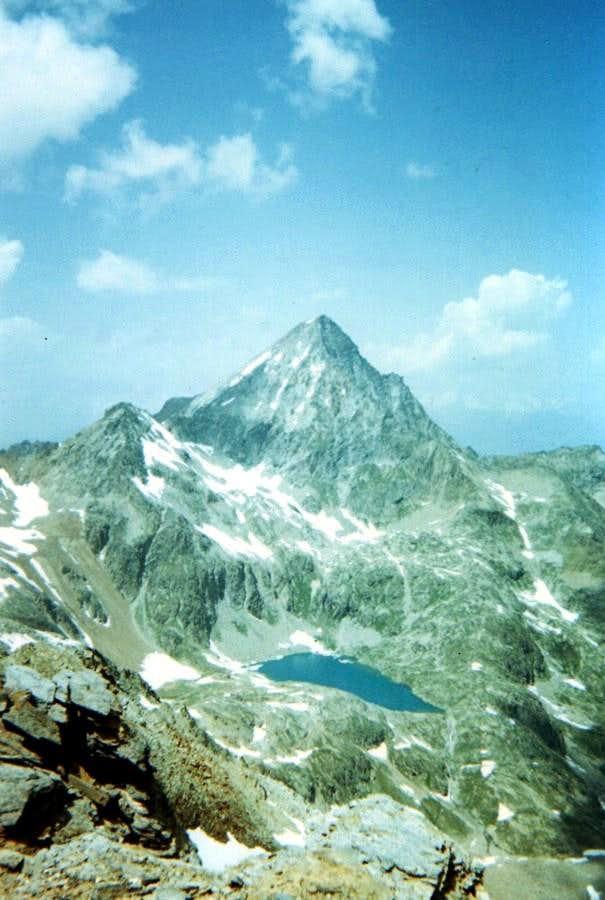 From Leppe to P. di Lussert Emilius & Laures Loch 1978