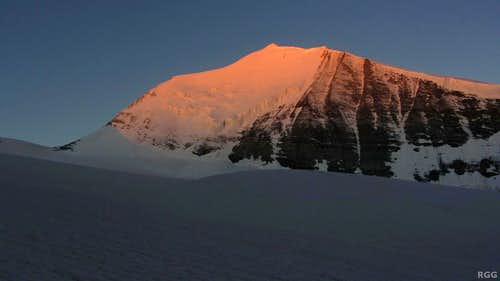 Alpenglow on Bishorn