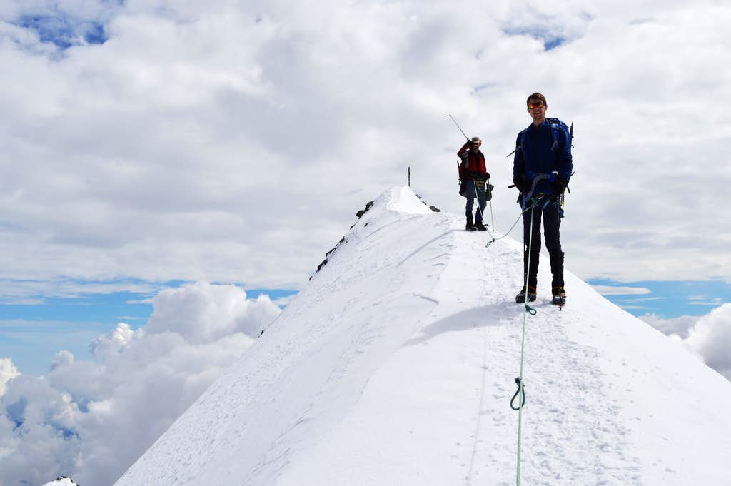 Last steps to summit of Strahlhorn 4190m