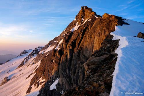 Pizzo d'Andolla NW-ridge at sunrise