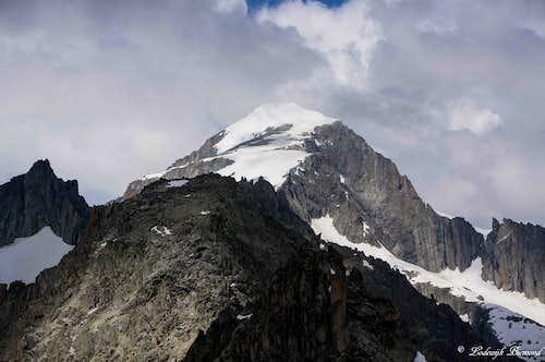 Galenstock 11755 ft / 3583 m & Gross Furkahorn
