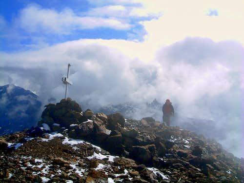 Luseney, getting the summit cross