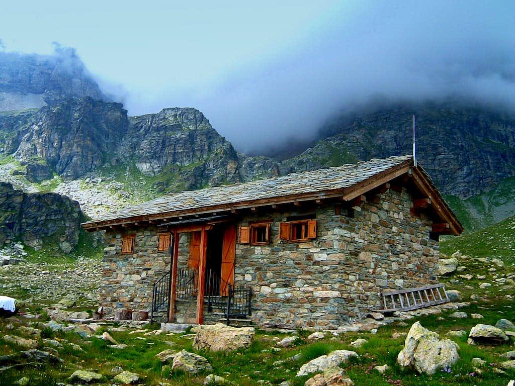The nice stone-building of Bivouac Reboulaz