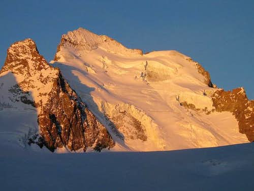 Barre and Dome de Neige des...