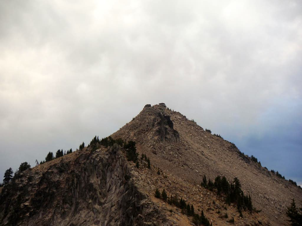 The summit with building clouds