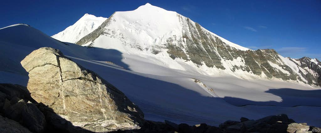 Weisshorn (4506m) and Bishorn (4153m) from the Bruneggjoch