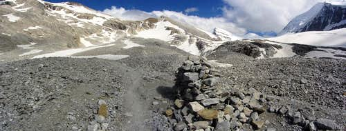 Trail junction for Brunegghorn